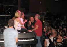 4 Sgt Peppers Dueling Pianos